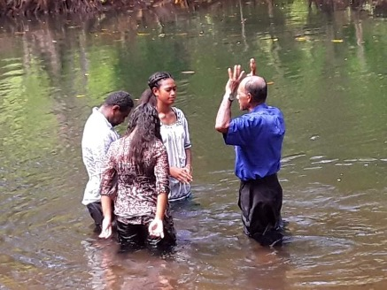 WE PRAISE GOD FOR THE STUDENTS ON VANUA LEVU WHO CAME TO FAITH DURING THE GREATEST JOURNEY AND WERE THEN BAPTIZED.
